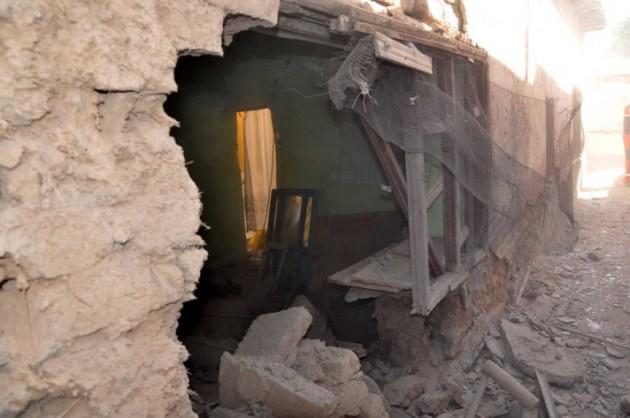 Guerre Civile en Syrie - Page 2 20120928324448213