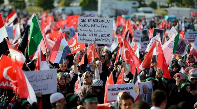 Update: La nouvelle Egypte de l´apres-révolte. - Page 38 3155012723
