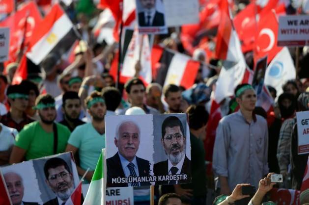 Update: La nouvelle Egypte de l´apres-révolte. - Page 38 6459774192