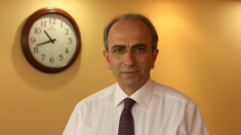 prof dr taner goren img 7547 alj w 1jpg h719 - Grip ilacı kalp hastasına risk