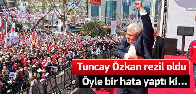 Tuncay Özkan AK Parti mitingi fotoğrafını paylaştı