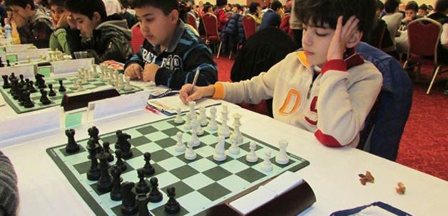 2,5 milyon öğrenci satrancı seçti