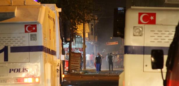 Adana'da 'Gezi' eylemlerinde gerginlik yaşandı