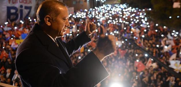 basbakani mursi gibi yargilayacaklar13885590140 h1111603 AK Partili 2 Bakanın daha Kasedi Çıkacak