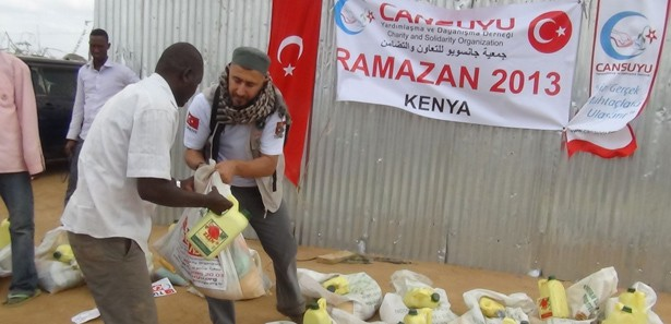 Kenya'daki insanlık dramına Türkiye ilaç oldu