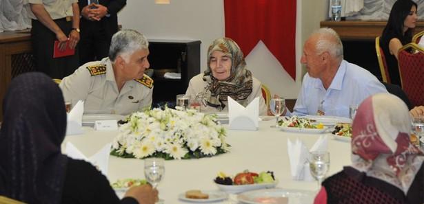 Org. Necdet Özel'den anlamlı iftar
