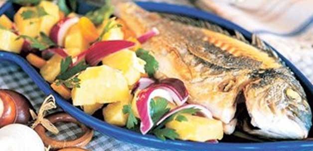 patates salatali balik izgara tarifi13849577330 h1097214 - K���n her g�n bal�k yiyin!