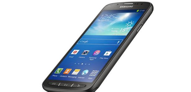 Samsung'tan toza ve suya dayanıklı yeni S4