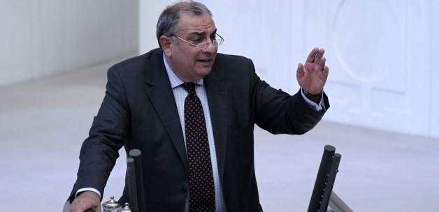 Türkeş: Cemaat MHP'ye sızmaya çalıştı